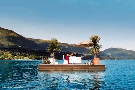 Cocktail- & Espressobar auf dem Floß – Urlaub in Kärnten – Pension Elisabeth – Pension am Millstätter See