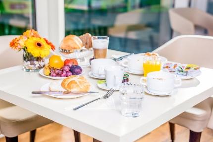 Frühstücksbuffet – Pension Elisabeth – Pension am Millstätter See – Urlaub in Kärnten