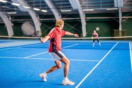 Tennishalle beim Schwesterhotel – Hotel ROYAL X – Urlaub am Millstätter See – Pension Elisabeth – Frühstückspension in Kärnten