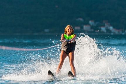 Wasserski fahren am Millstätter See – Urlaub in Kärnten am See – Pension Elisabeth