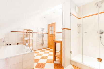 Seevilla Leitner – Badezimmer – Stilvolle Seevilla direkt am Millstätter See in Kärnten