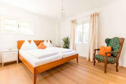 Seevilla Leitner – Schlafzimmer – Stilvolle Seevilla direkt am Millstätter See in Kärnten